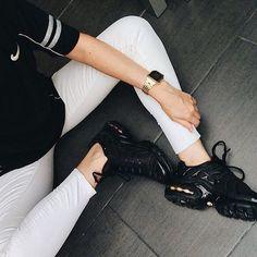 Sneakers femme - Nike air Max plus TN (©juliaromaa)