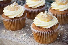 Apple Crumble and Custard Cupcakes