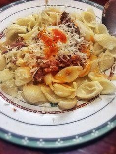 Beef coral macaroni