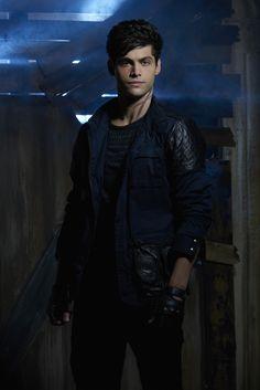 "Shadowhunters S1 Matthew Daddario as ""Alec Lightwood"""