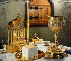 Πριν κοινωνήσεις, θέλω να μου απαντήσεις σε ένα μου ερώτημα Christian Symbols, Christian Faith, Church Pictures, Russian Orthodox, Orthodox Christianity, Orthodox Icons, Gods Love, Catholic, Religion