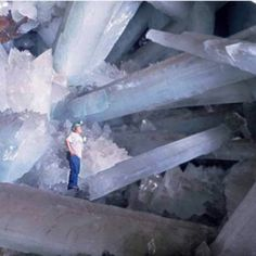 Worlds largest crystal cave Mexico I need a crystal...;)