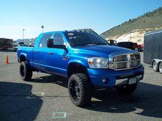 My freaking dream truck: electric blue mega cab cummins 6 speed! :))