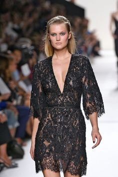 Elie Saab – Fashion Week Paris – Frühjahr Sommer 2014.