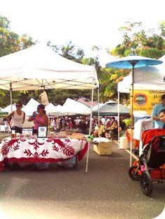 Kapiolani Community College Farmers Market.  Honolulu, Hawaii.