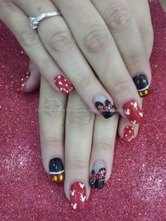 Mickey and minnie disney freehand nail art
