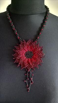 by Ivana Kusá Beaded Jewelry Designs, Bead Jewellery, Seed Bead Flowers, Beaded Flowers, Beaded Brooch, Beaded Earrings, Seed Bead Necklace, Beaded Ornaments, Bead Crochet