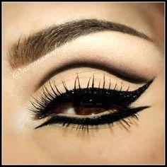 Eyeliner & Glitter