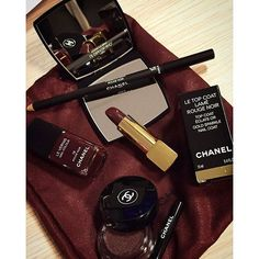 Chanel Rouge Noir Absolument - Holiday 2015 #makeup #chanel #christmaslook