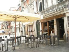 After the Biennale- El Refolo, Venice: See 521 unbiased reviews of El Refolo, rated 4.5 of 5 on TripAdvisor and ranked #21 of 1,399 restaurants in Venice.