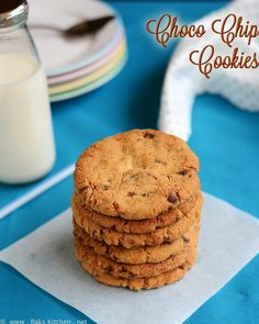 Eggless choco chip cookies recipe - crisp, light, delicious jumbo cookies, with step by step pictures for easy understanding! Eggless Chocolate Chip Cookie Recipe, Chocochip Cookies Recipe, Eggless Cookie Recipes, Make Chocolate Chip Cookies, Eggless Baking, Baking Recipes, Egg Recipes, Egg Free Cookies, Allergy Free Recipes