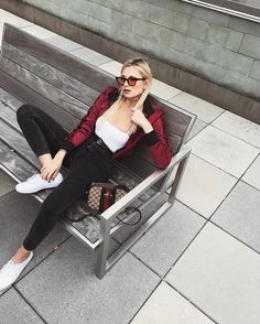 """16.2 m Gostos, 142 Comentários - Danielle Bernstein (@weworewhat) no Instagram: """"Saturdaze"""""""