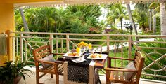 Honeymoon Hibiscus Veranda Suite