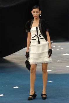 Chanel Spring 2008 Ready-to-Wear - Collection - Gallery - Style.com