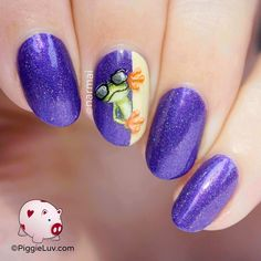 PiggieLuv: Freehand cool frog nail art
