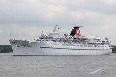 DAPHNE, type:Passenger (Cruise) Ship, built:1955, GT:15833, http://www.vesselfinder.com/vessels/DAPHNE-IMO-5282627-MMSI-341395000
