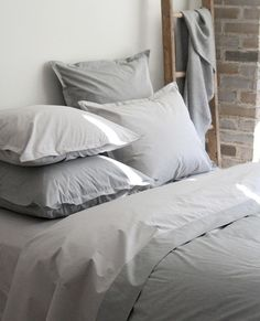 Chambray Grey and Charcoal | Au Lit Fine Linens
