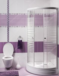 Get your modern bathroom ideas here! Get ready to get blown away with jaw dropping andelegant designs. Kitchen Room Design, Modern Bathroom Design, Bathroom Interior, Bathroom Designs, Bathroom Ideas, Purple Home Decor, Purple Bathrooms, Old Mirrors, Vanity Area
