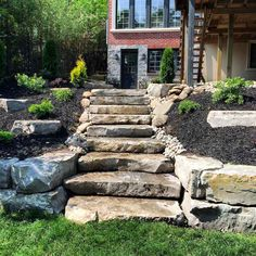 Landscaped hill stone stairs halcyon landscape service for Conception jardin public