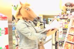 Horses take over Stop & Shop!