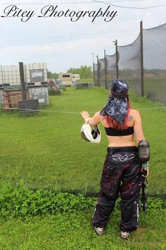 u tac paintball Paintball Girl, Just A Game, Boudoir Photos, Airsoft, Challenges, Sporty, Pictures, Pew Pew, Summer Bucket