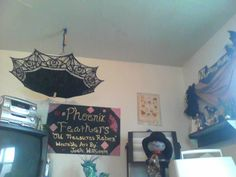 This is just an idea I had.  Notice the umbrella in the upper left corner.  I thought i would be a nice touch to my craft room