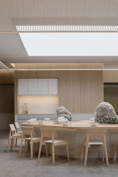 Gallery of KiKi Noodle House / Golucci Interior Architects - 10