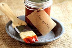 America - Salsa barbecue http://www.overland.org/blog/81-ricette-dal-mondo/1486-salsa-barbecue-le-origini-di-uno-dei-simboli-americani.html