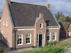 Belgian Style, Gable Roof, Build Your Dream Home, Home Reno, Exterior Colors, Style At Home, Bungalow, My House, Beautiful Homes