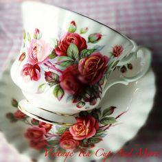 Royal Albert Centennial Rose