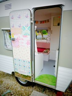 Tips on renovating a vintage caravan... Click the image for more...