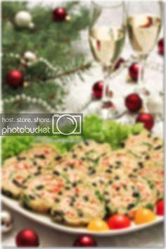 Rulada aperitiv - Gourmandine - Retete culinare - Gastronomie - Retete in imagini, pas cu pas Breakfast, Food, Fine Dining, Hoods, Meals
