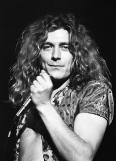 Robert Plant of Led Zeppelin in Tucson Community Center, June, The Band, Great Bands, Cool Bands, Jimmy Page, Robert Plant Led Zeppelin, John Paul Jones, John Bonham, Hard Rock, Heavy Metal
