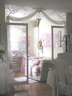 i like the white trim /All Things Shabby and Beautiful
