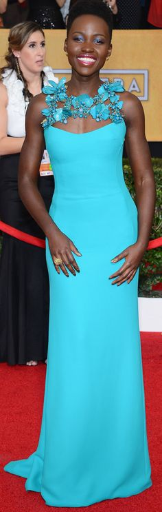 A bright teal Gucci gown looked stunning on Lupita Nyong'o at the SAG Awards.