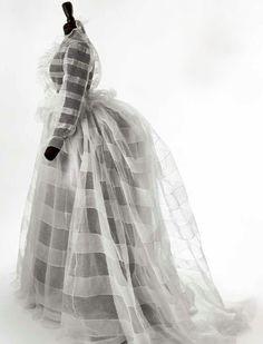 Очарование белого в нарядах XIX века - История красоты