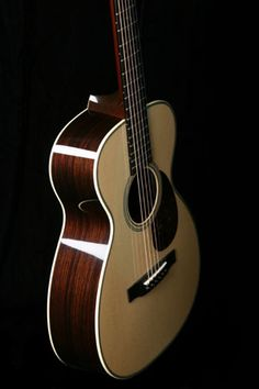 Collings Baby 2H | Handmade Instruments from Austin, TX