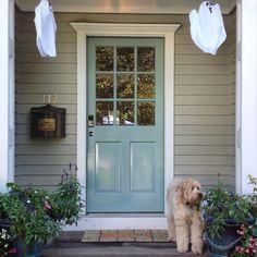 Front door painted in Farrow & Ball Dix Blue Exterior Door Colors, Front Door Colors, Exterior Doors, Dix Blue Farrow And Ball, Farrow Ball, Aqua Door, Yellow Doors, Front Door Farrow And Ball, Victorian Front Doors