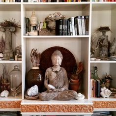 Lovely curiosities await you at Studio Pink. Start your collection today.