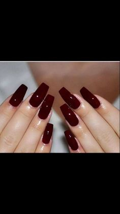 Find images and videos about girl and nails on We Heart It - the app to get lost in what you love. Plum Nails, Maroon Nails, Long Square Acrylic Nails, Cute Acrylic Nails, Pedicure Nail Art, Nail Manicure, Nail Polish, Garra, Hair And Nails
