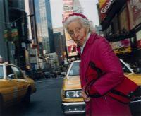 """Ninan Korhonen: """"Anna Amerikan mummu."""" Lohtulahja itselle kun 40 meni rikki. Vielä ehtii;)"""