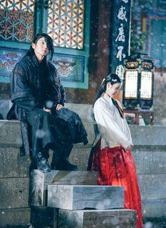 Prince Wang so and Hae so ❤ Scarlet heart: Ryeo Lee Jun Ki, Lee Joon, Joon Gi, Korean Drama Quotes, Korean Drama Movies, Korean Actors, Korean Dramas, Moon Lovers Drama, Iu Moon Lovers