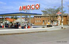 Kodachrome Color Slide Slide Number Stamped 15 Date Stamped November, 1963 Gas Service, Standard Oil, Old Gas Stations, Gas Pumps, Googie, Vintage Cars, Slide Slide, Car Washes, Road Maps