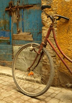 Rustic shot of bicycle in Morocco ~ kunitsar.