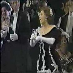 Lucia Popp and Placido Domingo - BRINDISI (La traviata)