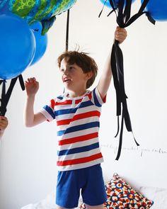 Pyjama rayé garçon pour l'été // #stripes, #colors, #clothes, #ballons Pajama Party, Colorful Decor, Pyjamas, Underwear, T Shirt, Ballons, Pretty, Kids, France