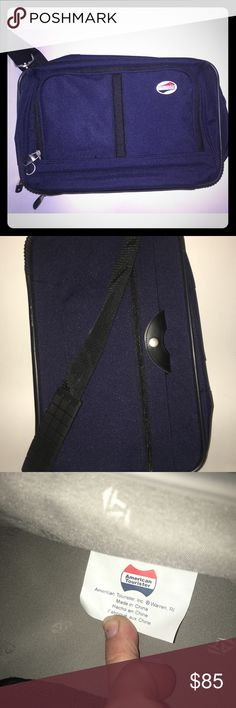 American tourister travel bag NWOT American tourister travel blue lots of room never used luggage bag weekend bag American Tourister Bags Travel Bags