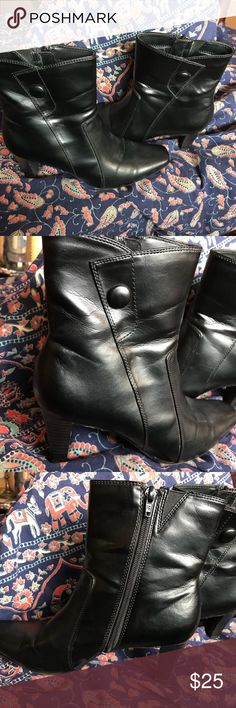 """Predictions Women's Booties 8M Black Heels Zip EUC Really cute black booties. Zip up on side with 3"""" heels. Square toe with decorative button on each. Excellent condition! Predictions Shoes Ankle Boots & Booties"""