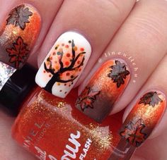I love these fall nails <3