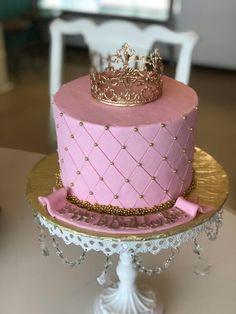 Gold Birthday Cake, 30th Birthday, Birthday Ideas, Birthday Design, Sleepover, Special Occasion, Special Holidays, Anniversary, Baby Shower